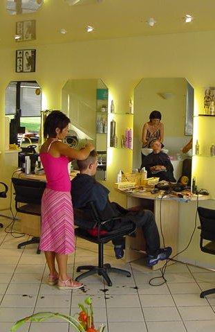 Coupe carre nuque courte mini vague cheveux epais saint pierre - Salon de coiffure a bruxelles ...
